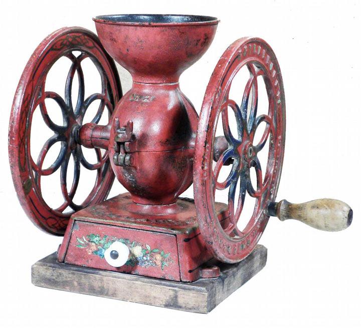древняя кофемолка-мельница